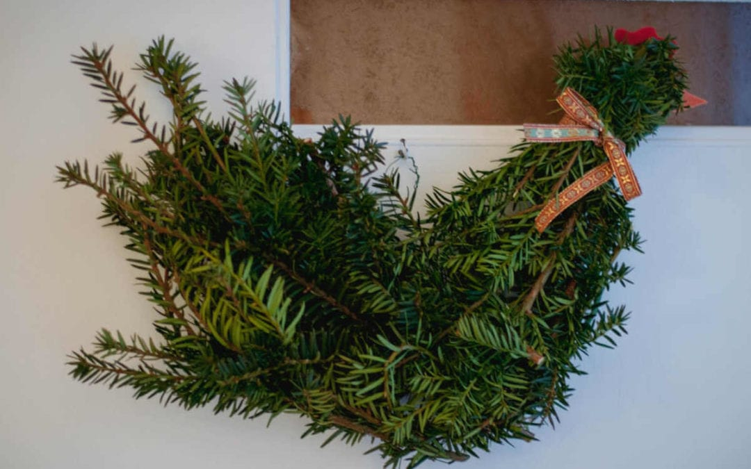 Make a Chicken Wreath for Your Home